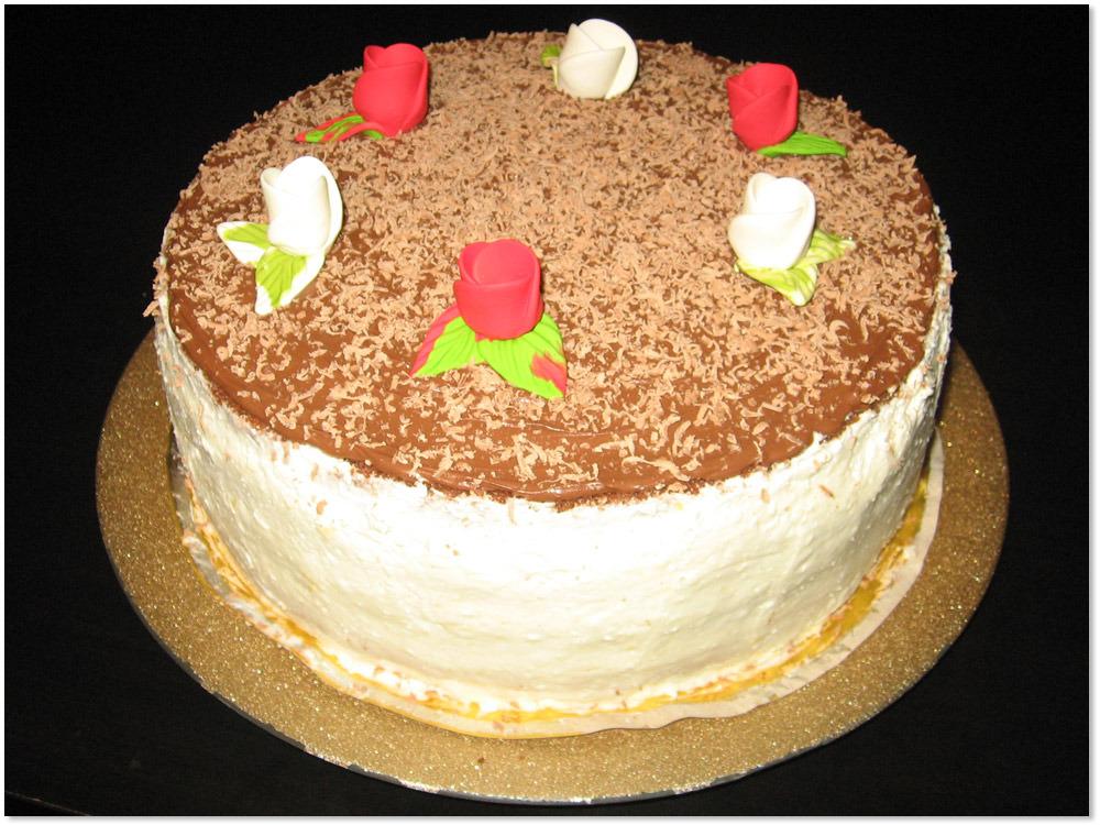Tort Alba Neagra